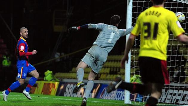 Championship - Phillips haunts Watford as Palace snatch draw