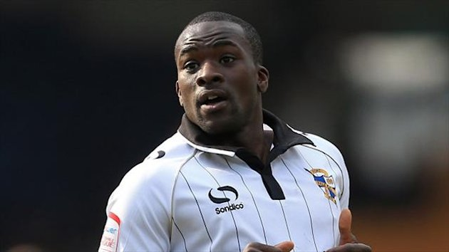 Anthony Griffith has penned a one-year deal at Port Vale
