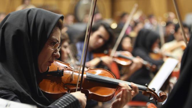 Iran orchestra finale rings of hard-line pressure