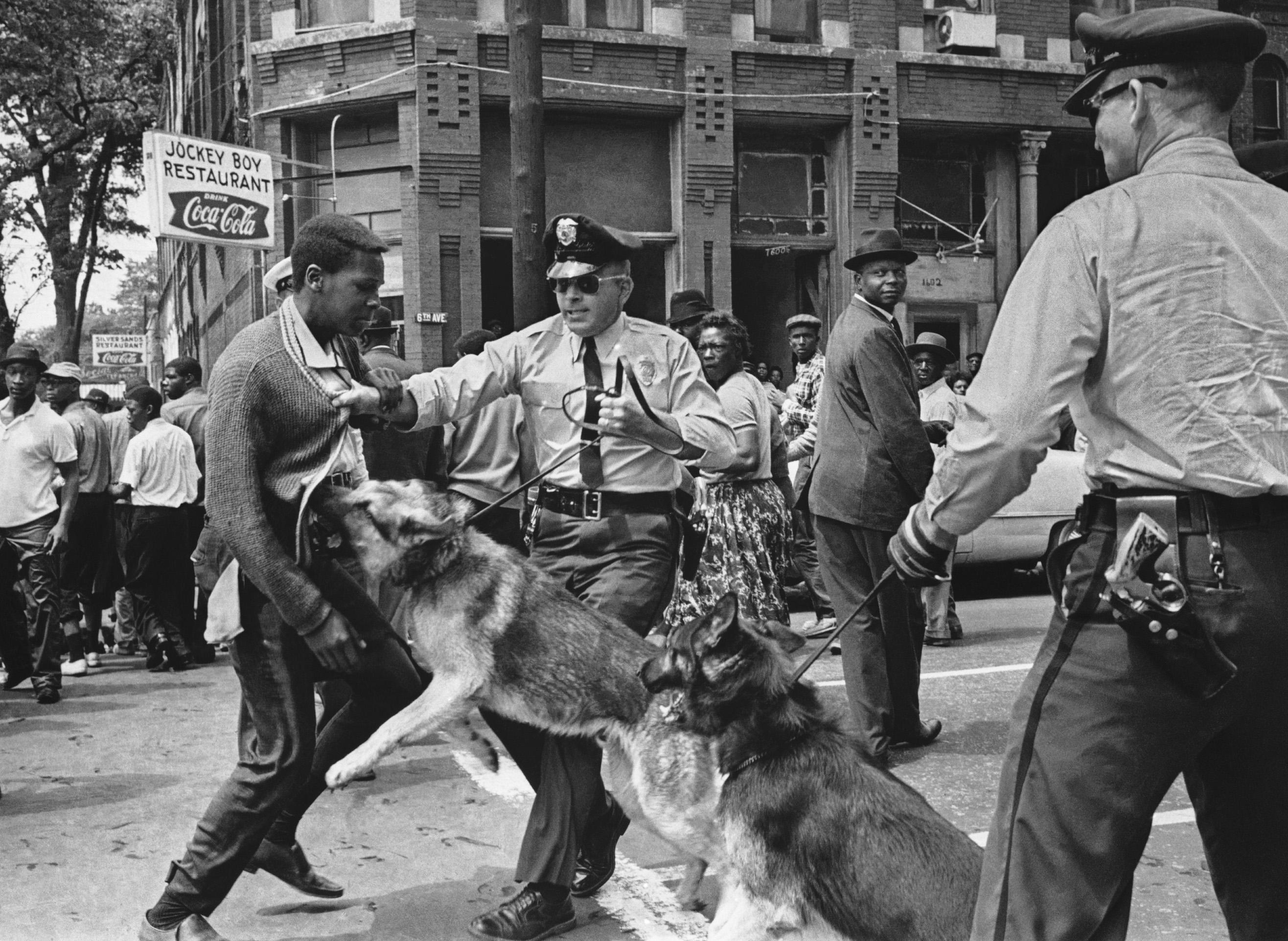 AP PHOTOS: Searing images of past crises
