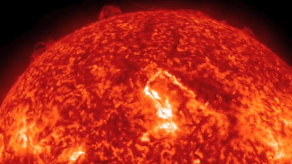 Sun Eruption May Supercharge Northern Lights Friday