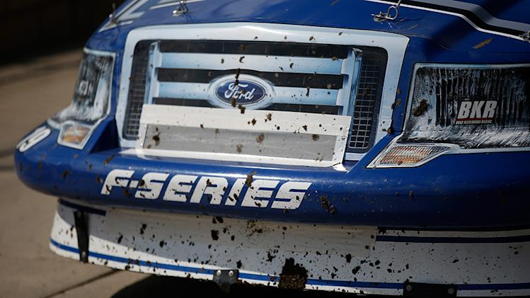 Photos: Day 1 of NASCAR's return to dirt