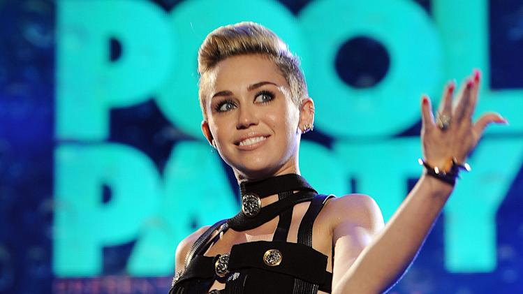 Miley Cyrus to be host, musical guest on 'SNL'
