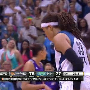 Seimone Augustus with the clutch 3-point play!