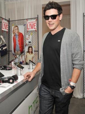 Hollywood, 'Glee' Costars Mourn Cory Monteith