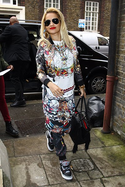 Arriving at the Hackney PictureHouse to perform for BBC Radio 1 this June
