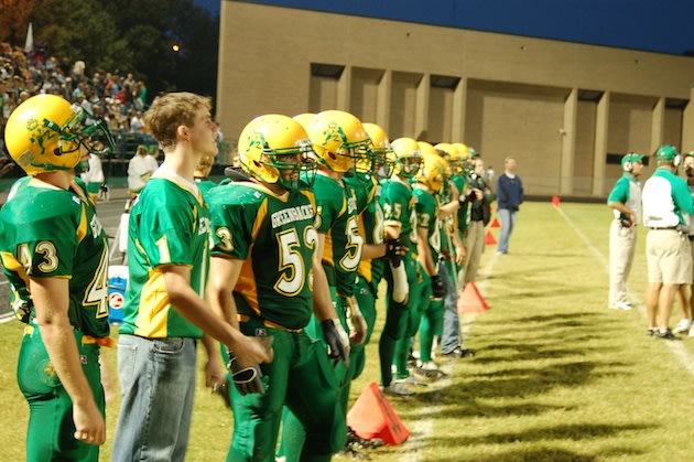 The Pratt Greenbacks still compete in all green uniforms ... and a frog on the helmet — Pratt USD 382
