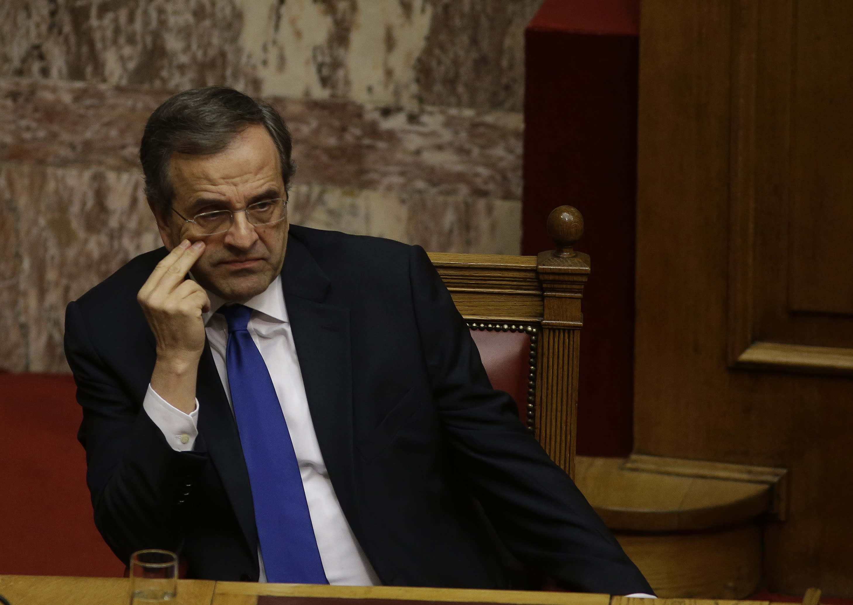 Crucial Greek presidential vote fails in 1st round