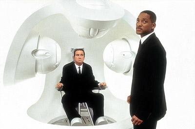 Tommy Lee Jones and Will Smith in Columbia's Men in Black II