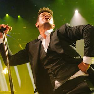 "Robin Thicke admits to being high while recording ""Blurred Lines"""
