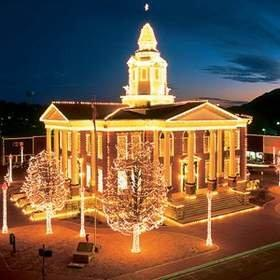 Find Color and Cheer on the Arkansas Trail of Holiday Lights