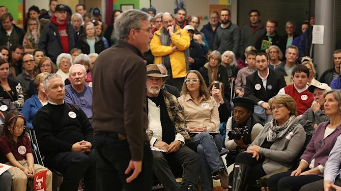 """""""I don't really follow the pundits because it's not good for my health,"""" joked Republican presidential candidate Jeb Bush speaks in Concord, New Hampshire"""