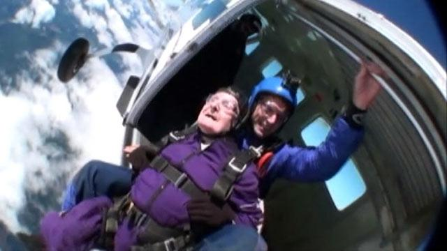 Four Generations Skydive for Washington Man's 87th Birthday