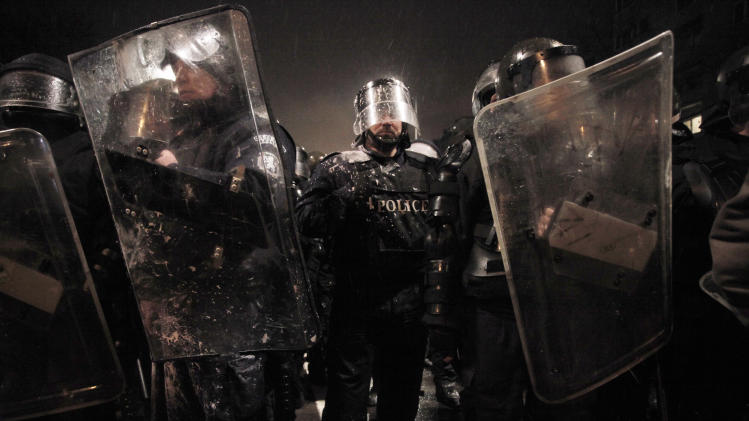 Bulgarian gov't resigns after violent protests