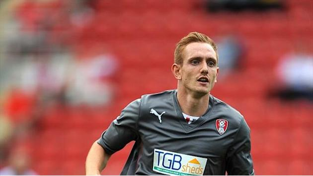 Football - Milsom signs Millers deal