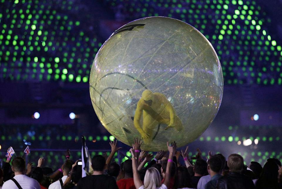 Actors perfrom during the Opening Ceremony at the 2012 Summer Olympics, Friday, July 27, 2012, in London. (AP Photo/Matt Slocum)