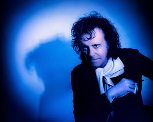Donovan Returns to Nashville on New LP 'Shadows of Blue'