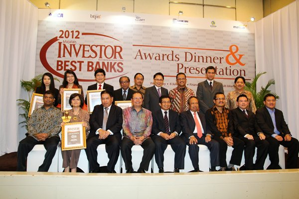 BCA Dinobatkan Sebagai Best Bank 2012 oleh Majalah Investor