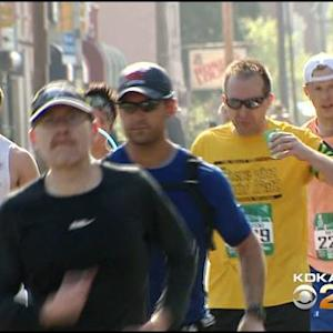 Thousands Of Athletes Hit The Streets For 2015 Pittsburgh Marathon