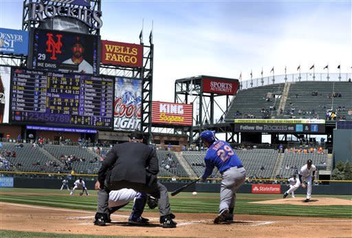 Rockies ice Mets with temperatures in the 20s