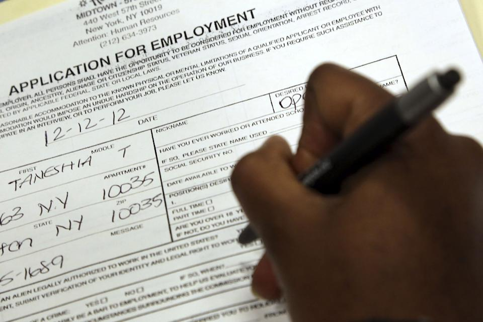 'Shotgun' approach to apply for job might be harmful