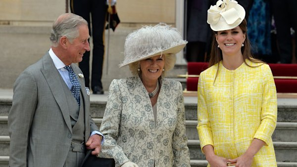 Kate Shows Baby Bump at Queen's Garden Party