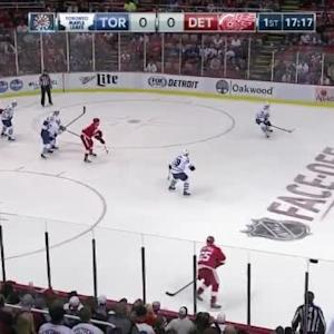 Jonathan Bernier Save on Kyle Quincey (02:45/1st)