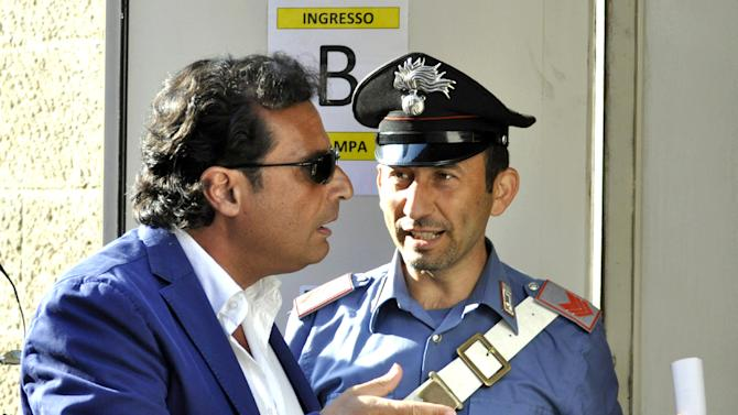 Captain of wrecked cruise ship on trial in Italy