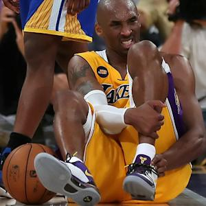 Magic Johnson: If anyone can beat injury, it's Kobe Bryant