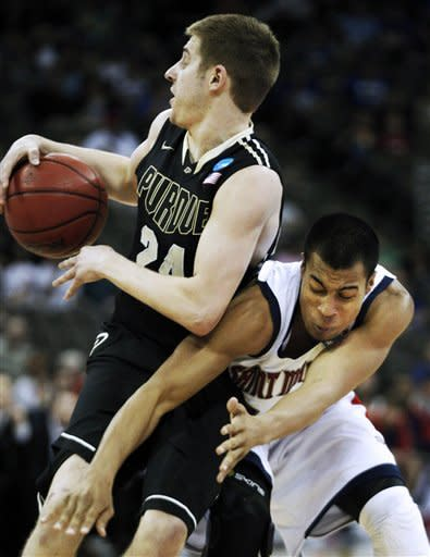 Purdue holds off Saint Mary's 72-69 on Jackson FTs