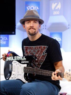 Jason Mraz Curates Special Set List for Myanmar's First International Concert