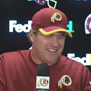 Washington Redskins head coach Jay Gruden makes media burst in laughter