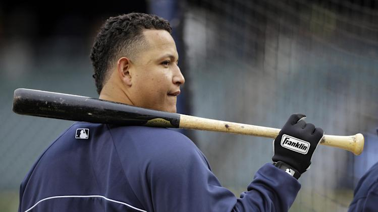 Detroit Tigers' Miguel Cabrera waits to hit during batting practice before Game 4 of baseball's World Series against the San Francisco Giants Sunday, Oct. 28, 2012, in Detroit. (AP Photo/Matt Slocum)