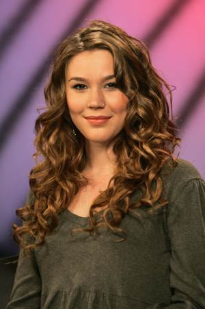 CORRECTS DAY AND DATE OF ARREST - FILE - British singer Joss Stone is photographed after an interview,  in this Oct. 20, 2008 file photo taken in New York. British police have arrested two men Monday morning June 13, 2011 on suspicion of conspiracy to rob and murder near the rural home of singer Joss Stone. Devon and Cornwall Police say the men aged 30 and 33-years old were arrested Tuesday near Stone's house in Cullompton, southwest England after residents reported a suspicious-looking vehicle. (AP Photo/Mary Altaffer)