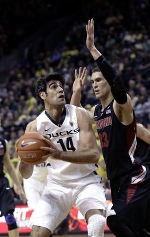 No. 23 Oregon beats Stanford 77-66