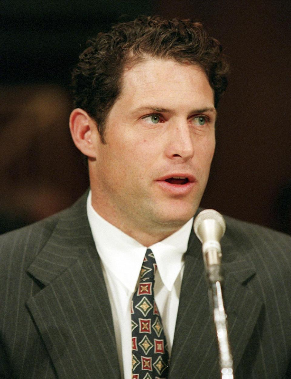 Ex-NFL QB to speak at Mormon conference on gays