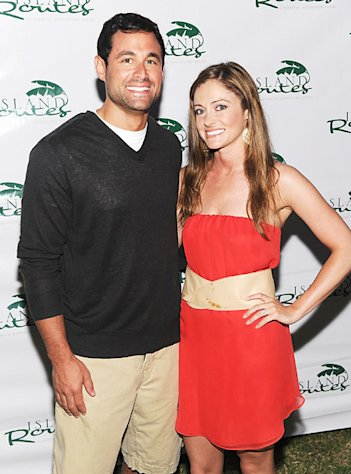 Bachelor's Jason Mesnick, Molly Malaney Expecting First Child