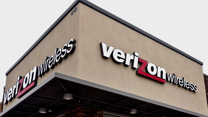 This Oct. 17, 2012,  photo, shows a Verizon Wireless sign at a Little Rock, Ark.Verizon Wireless, the largest cellphone carrier in the U.S., said Monday, Oct. 29, 2012, it will sell a Nokia phone for the first time in years, lending support to the embattled Finnish company's turnaround effort. (AP Photo/Danny Johnston)