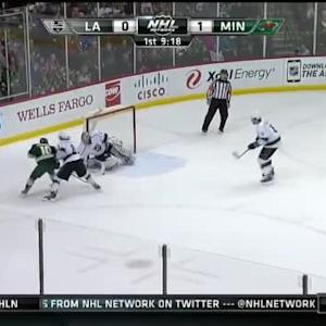 Jonathan Quick Save on Jordan Schroeder (10:42/1st)
