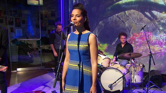 """Saturday Sessions: Rhiannon Giddens performs """"Black is the Color"""""""