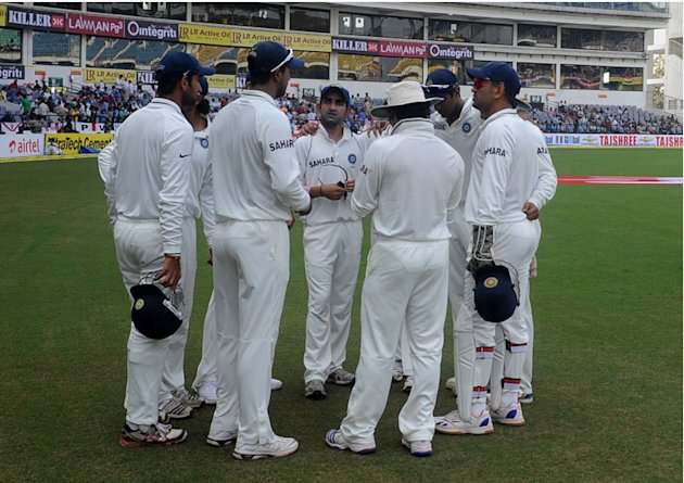 The Indian team gets into a huddle on Day 4 of the fourth cricket Test between India and England at the Jamtha Stadium in Nagpur, Sunday,   December 16, 2012. (c) BCCI