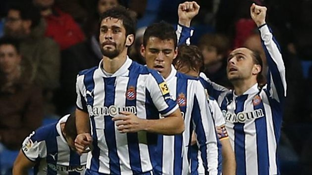 Espanyol&#39;s Sergio Garcia (R) celebrates (Reuters)