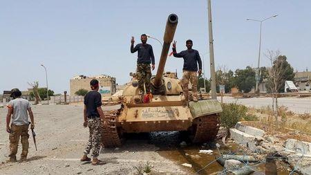 UN proposes unity govt for Libya's warring factions, Tripoli balks