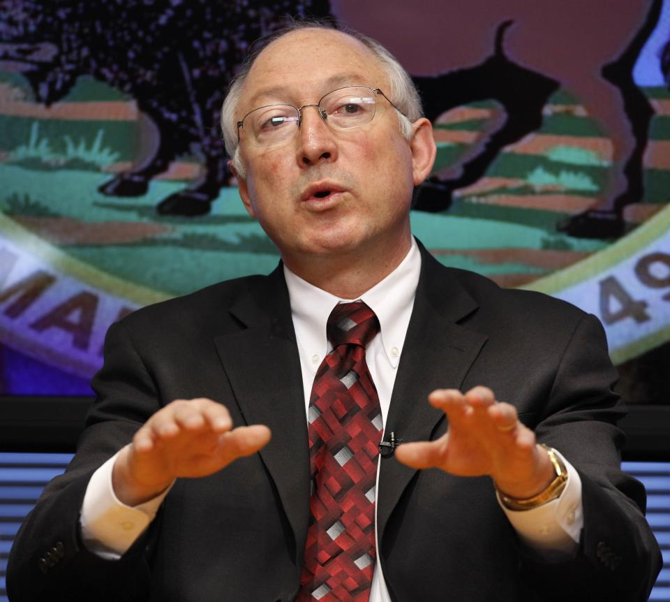 Interior chief Salazar stepping down in March