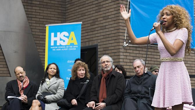 """N'Kenge sings at the """"Harlem School of the Arts - The Herb Alpert Center"""" building naming ceremony, on Monday, March 11, 2013 in New York. (Photo by Charles Sykes/Invision for Harlem School of the Arts/AP Images)"""
