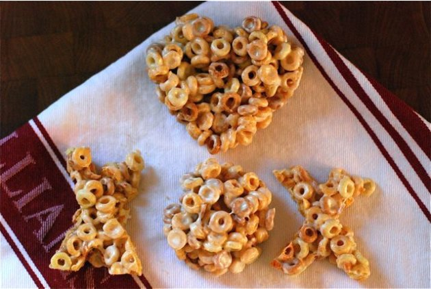 Peanut Butter Cheerios X & O Marshmallow Treats