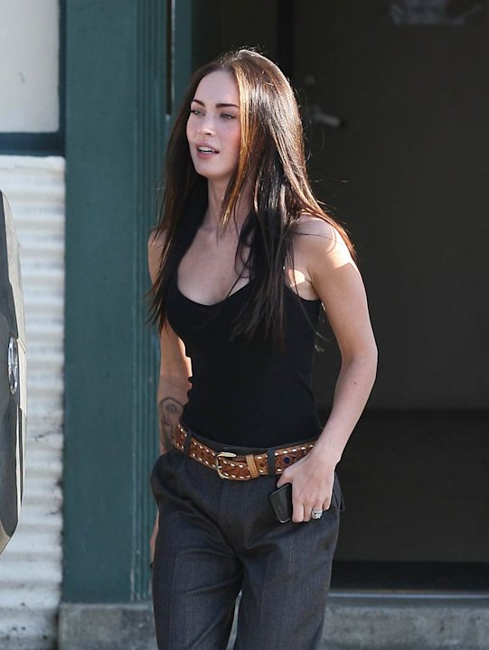 Megan Fox Leaves Store
