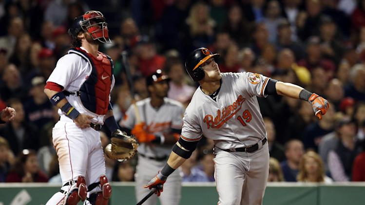 Valencia lifts Orioles to 3-2 win over Sox