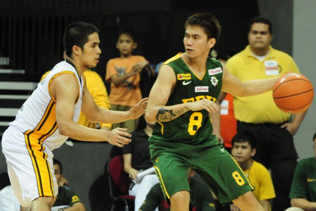 RR Garcia and the Tamaraws made it look easy against the UST Tigers. (NPPA Images)