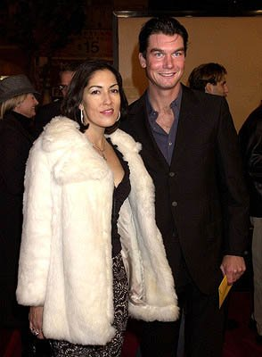 Jerry O'Connell and gal at the Hollywood premiere of Warner Brothers' The Majestic